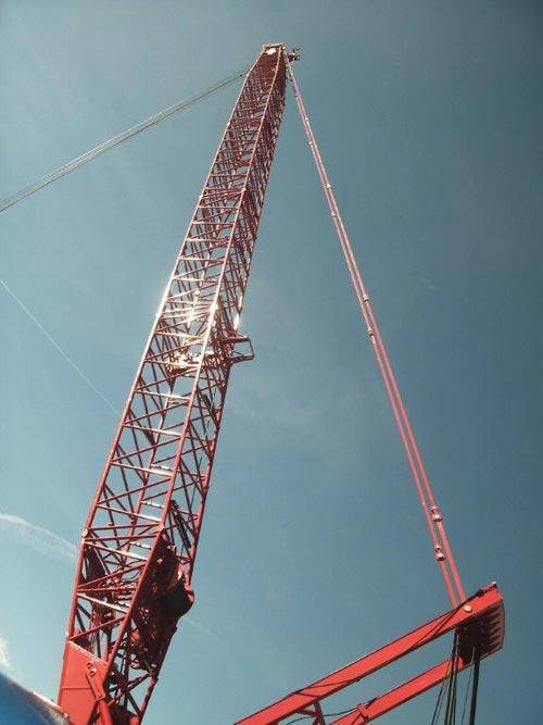 Lattice-Boom-Crane